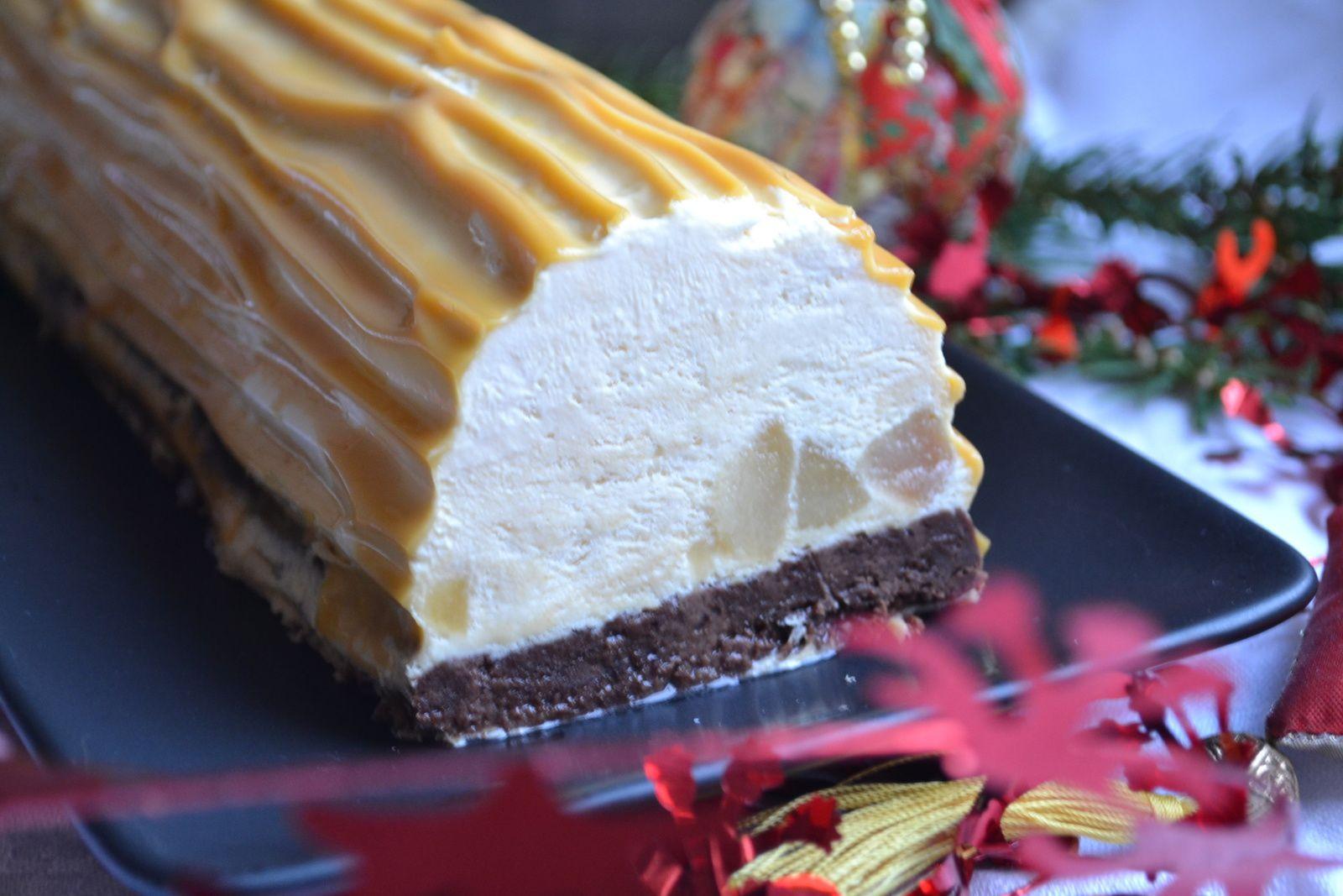 Buche caramel salé poires  et chocolat