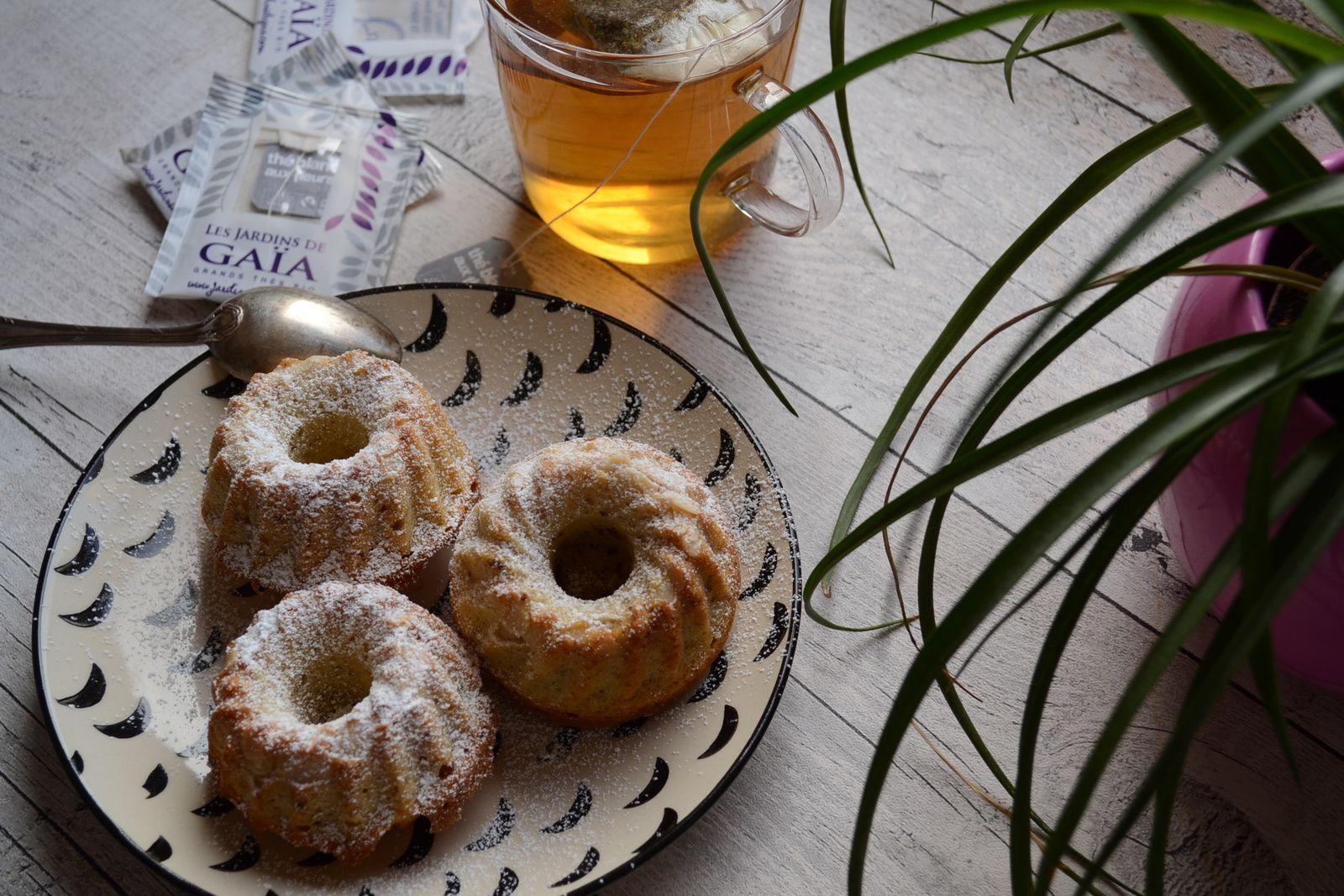 Petits gâteaux aux raisins et aux amandes