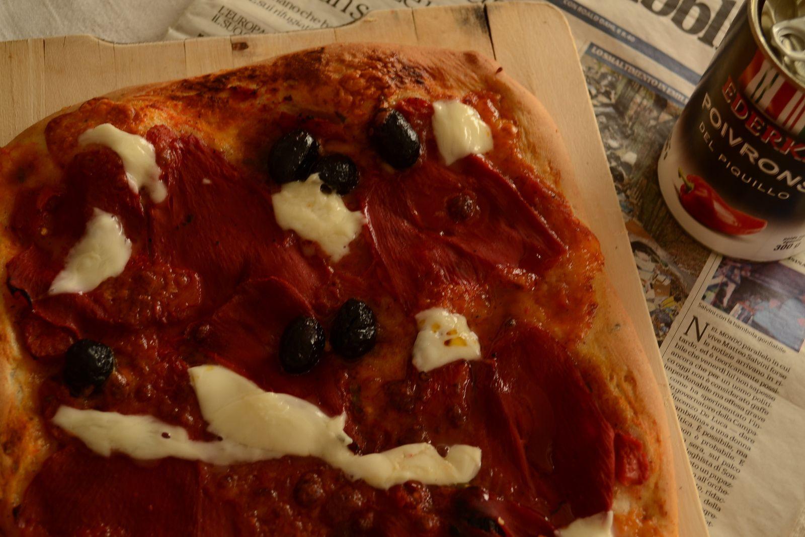 Pizza aux poivrons del piquilos Ederki