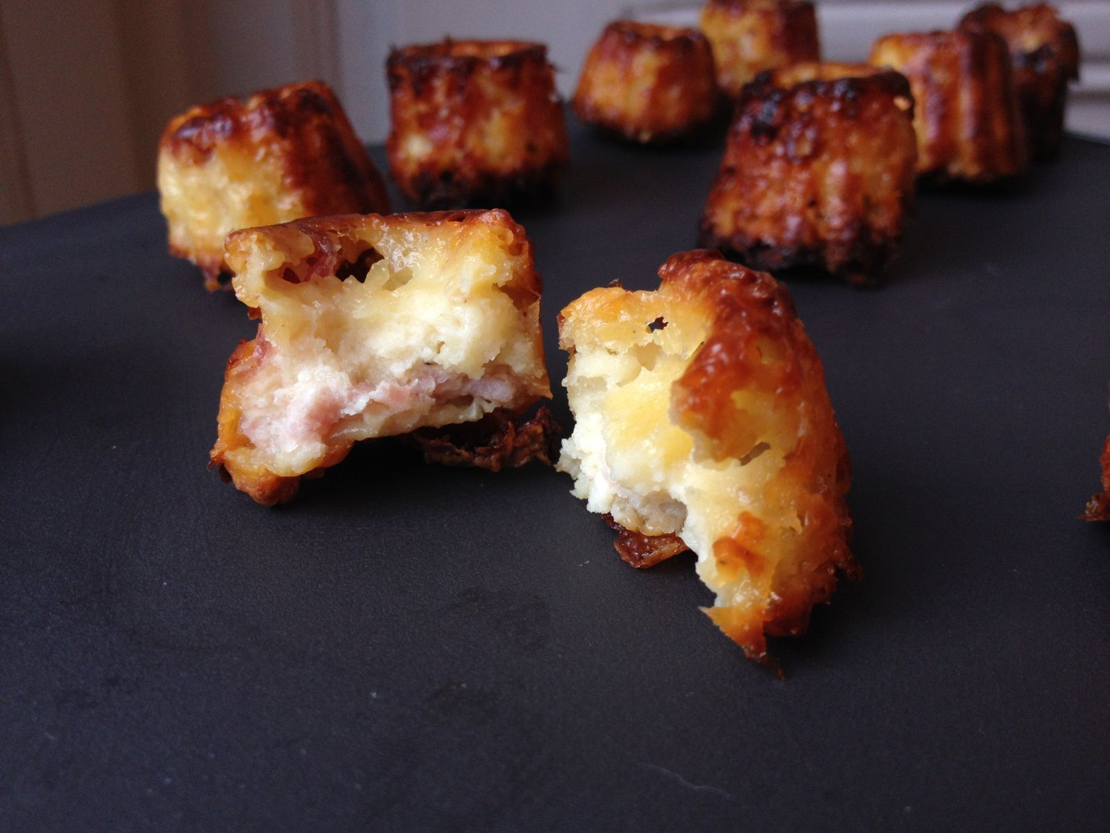 Mini cannelés bacon/sésame