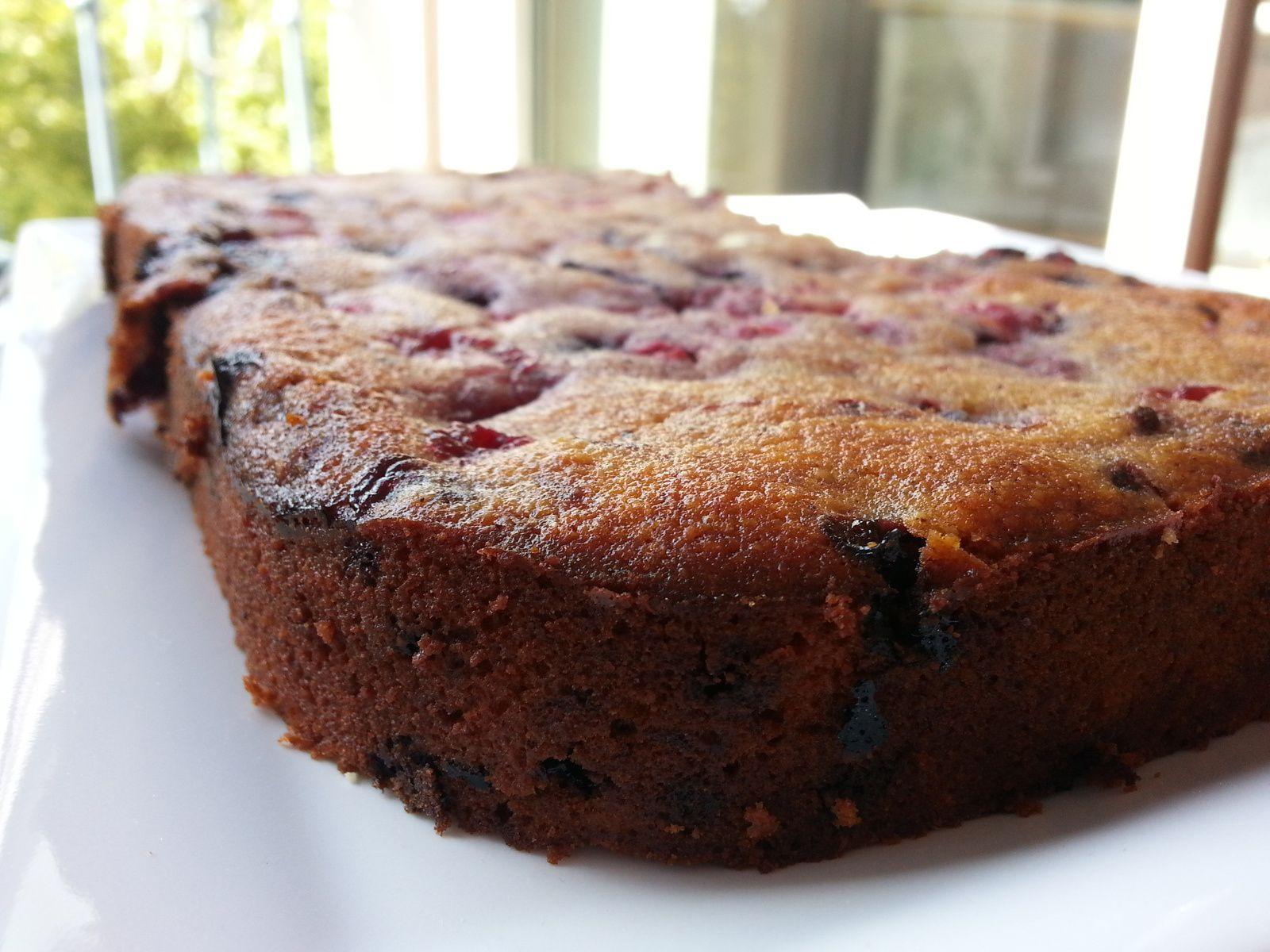 Gâteau fondant aux fruits rouges / amandes (pour utiliser des blancs d'oeufs)  - Partenariat My Cakemart