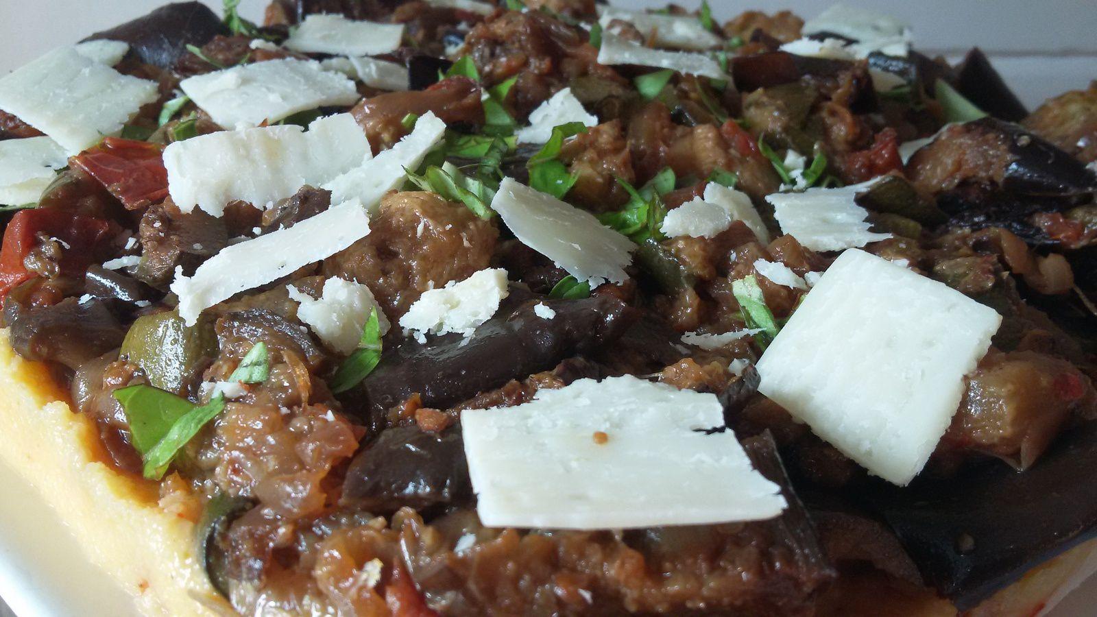 Polenta aux légumes grillés façon tarte au tian.