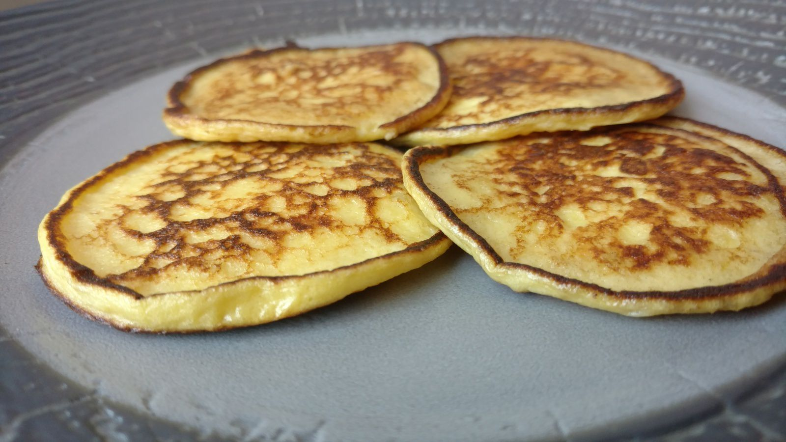 Cr pes vonassiennes recette de ma grand m re c secrets gourmands - Crepes aux pommes grand mere ...