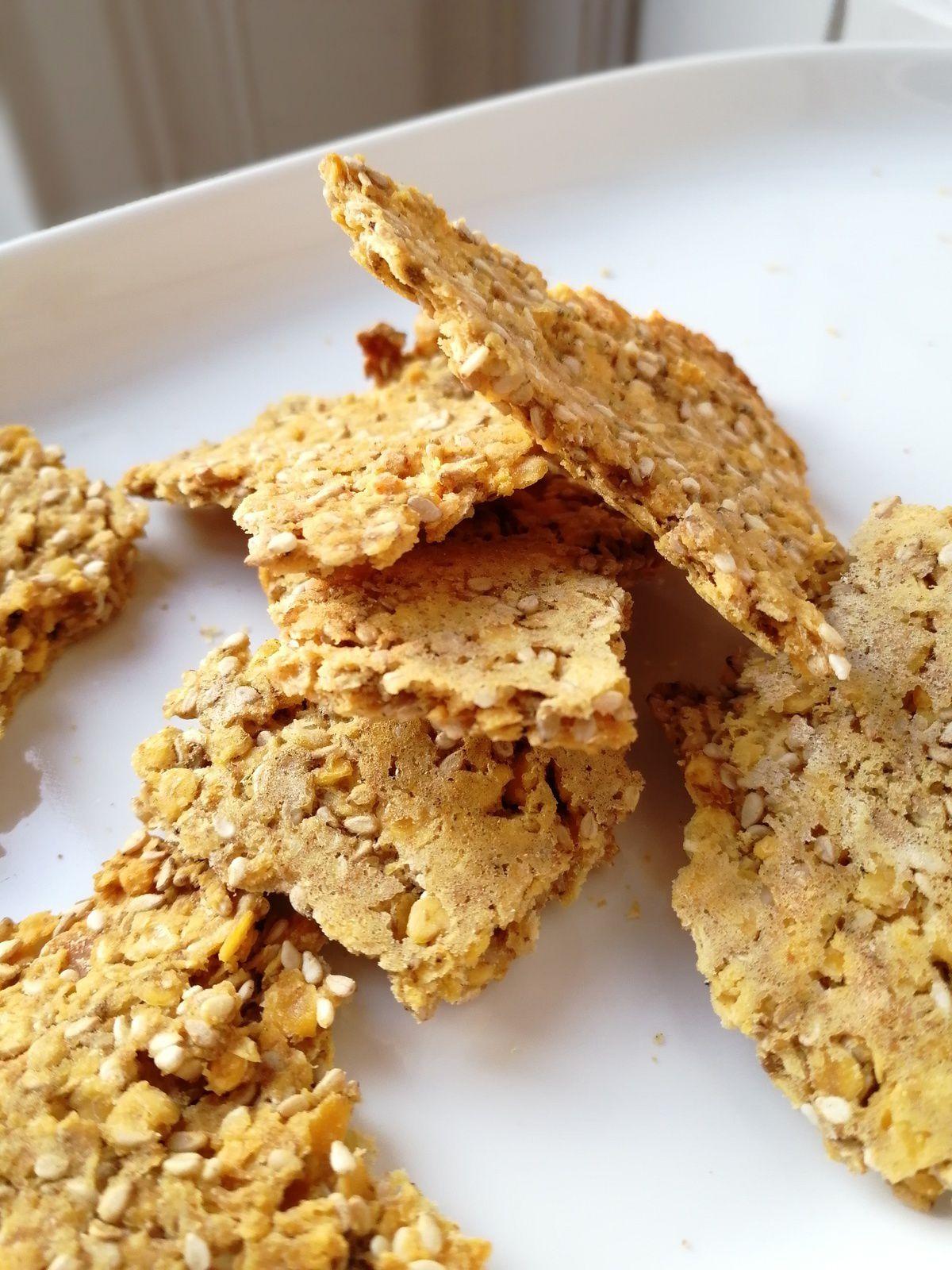 Crackers aux lentilles corail , cumin et sésame