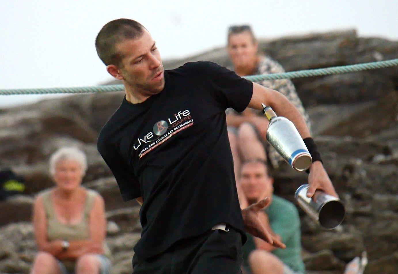 25 ans de la thalasso : barmen jongleurs