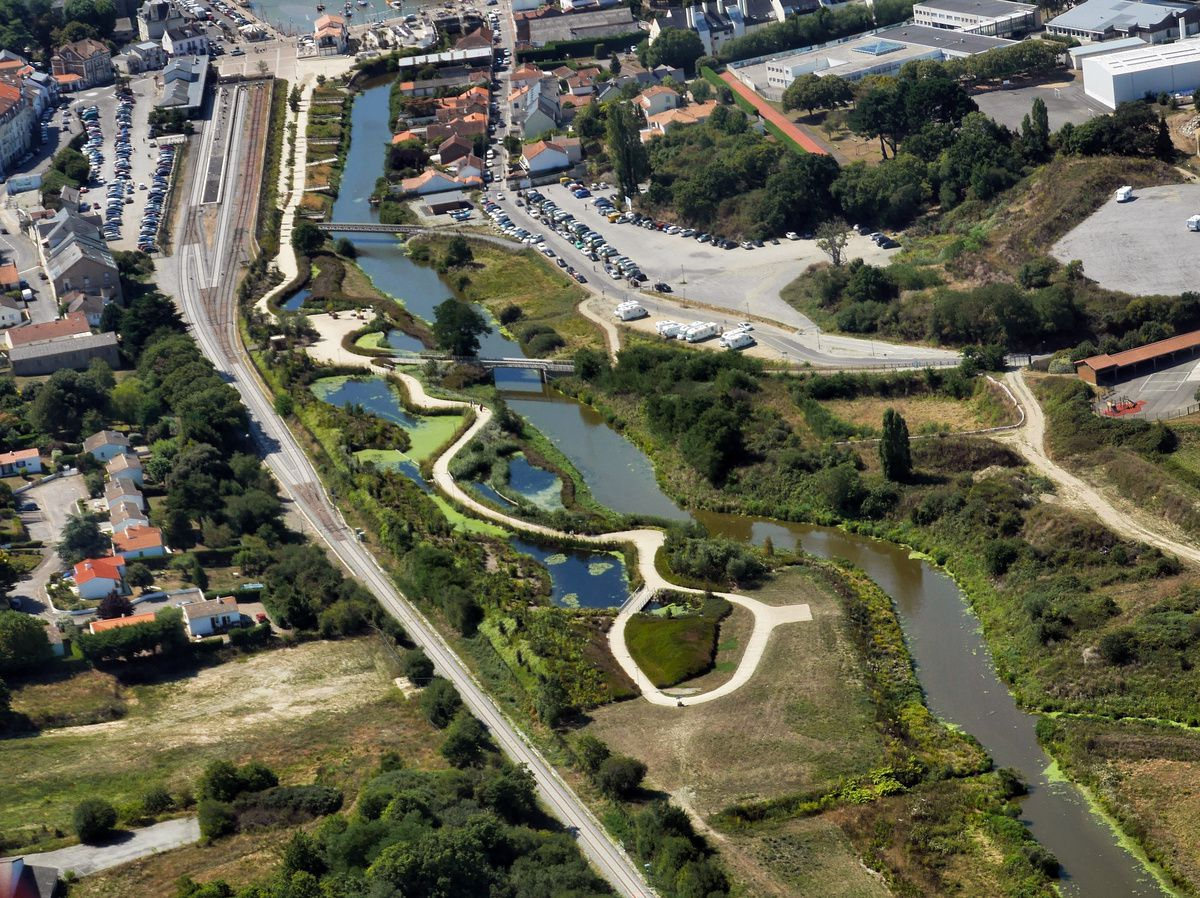 PORNIC : Le parc de la ria vu d'hélico