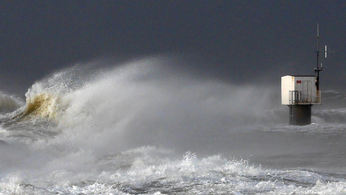 Dernières images de la tempête du 11 janvier, Pointe-Saint-Gildas
