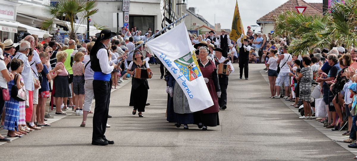 Le défilé celtique de la fête de la Saint-Gilles