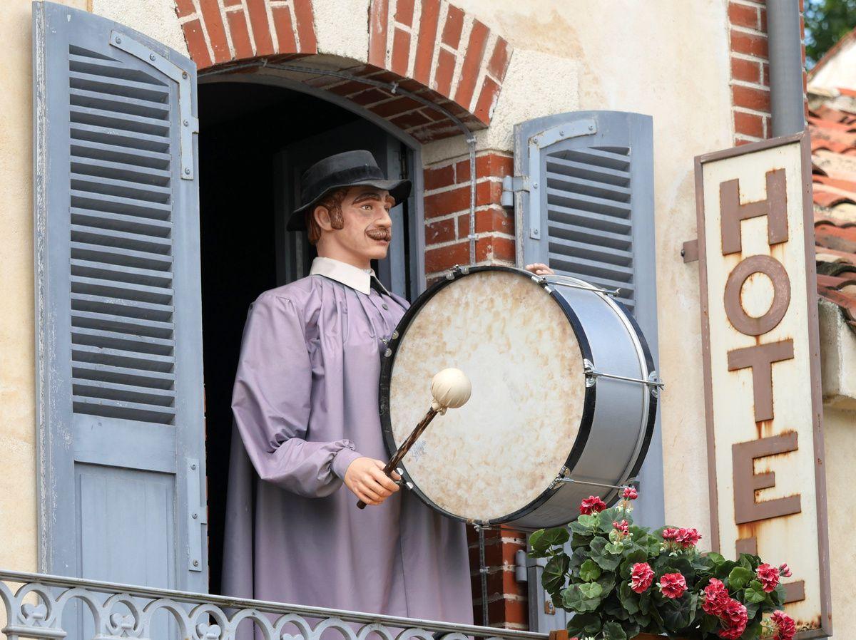 PUY du FOU : le bourg 1900