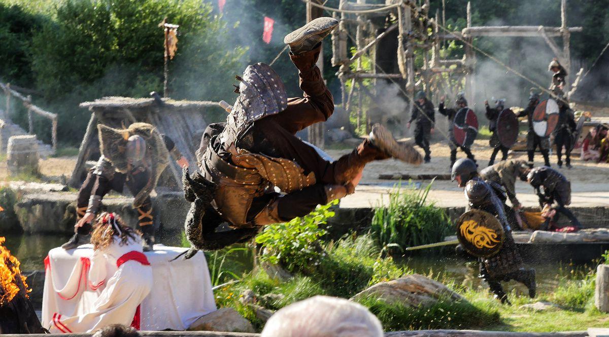 PUY du FOU : les vikings attaquent ! (02/02)