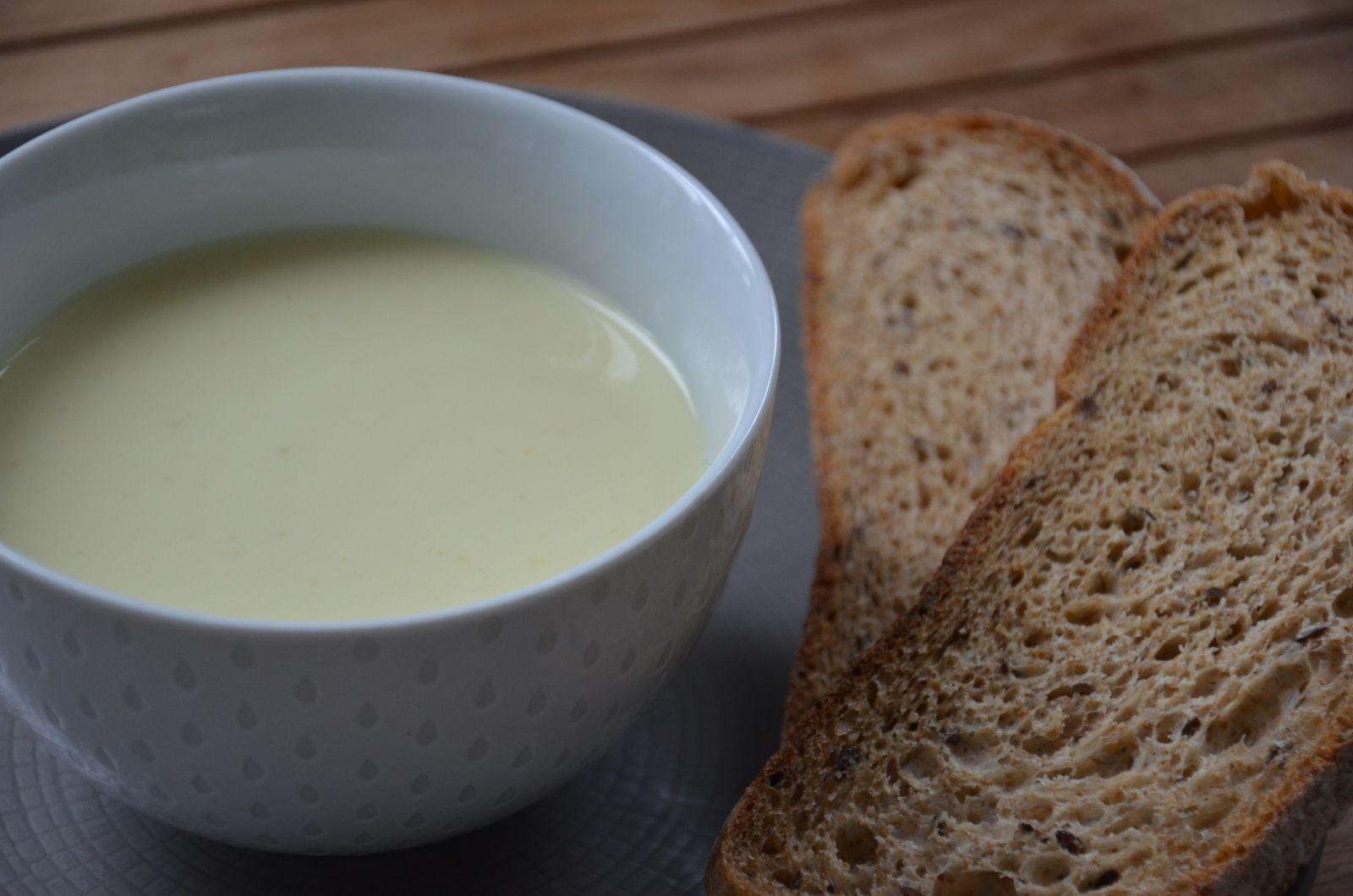 Velouté de topinambours au mascarpone, curry et miel {thermomix}