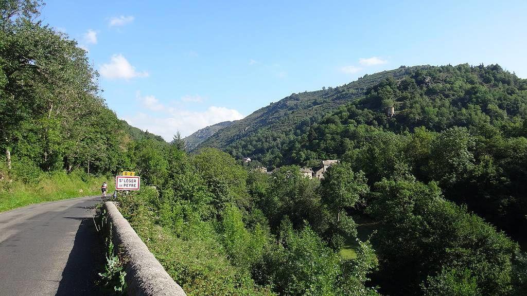 Vallée de l'enfer ( près de Marvejols )