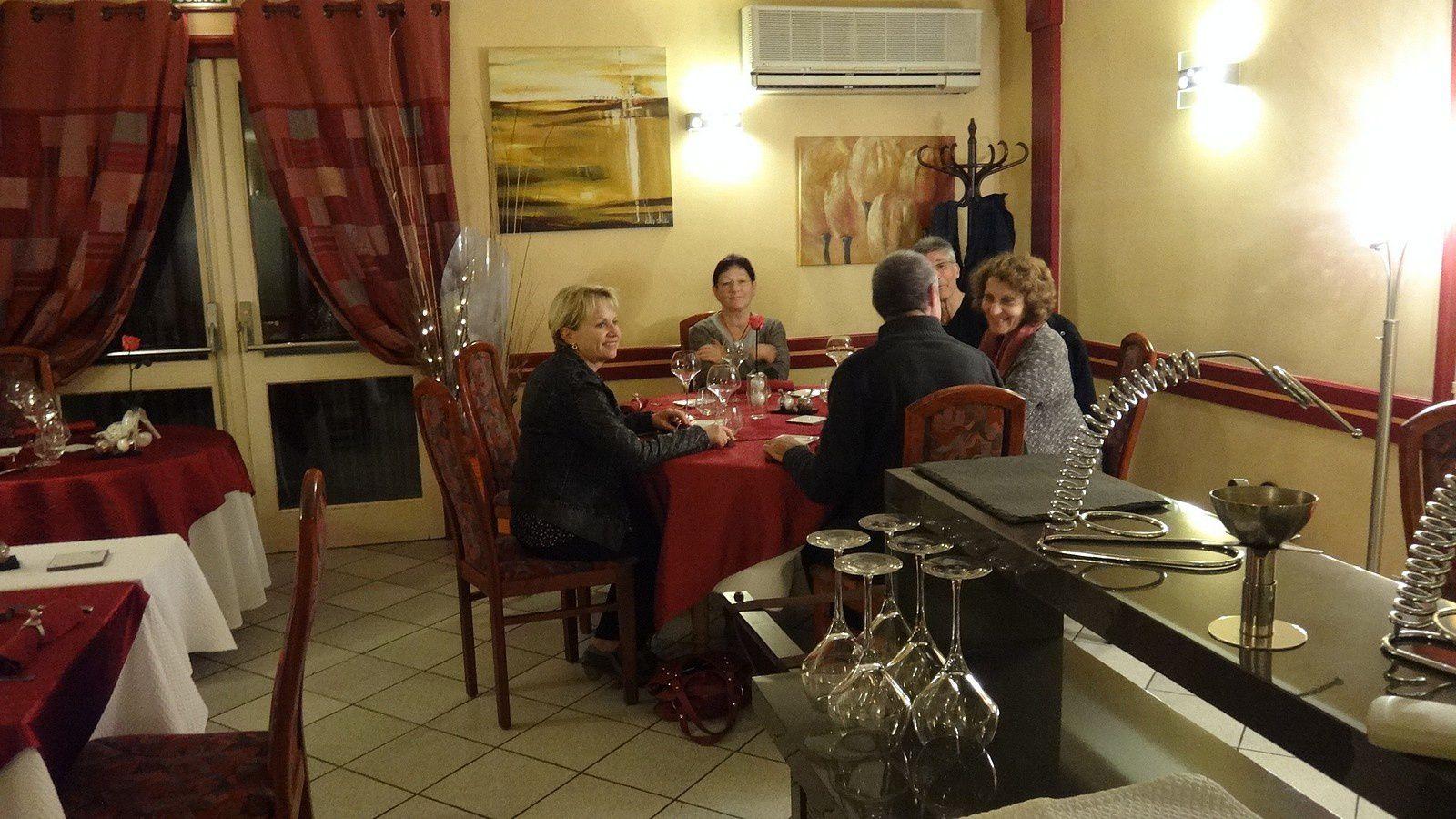 La veille, un bon repas dans un resto chicouné proposé par Marcel.