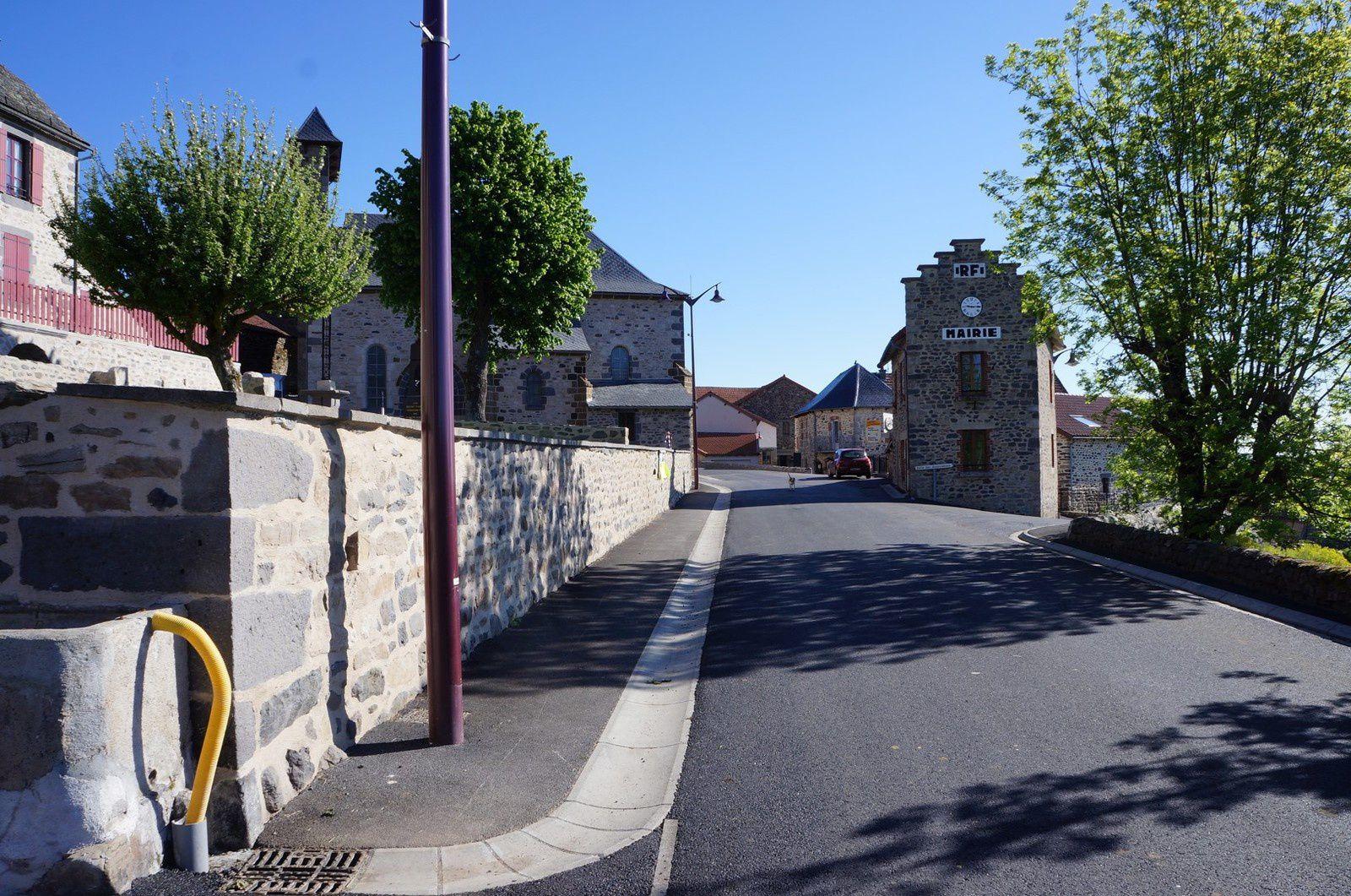 Balade touristique dans le Cantal