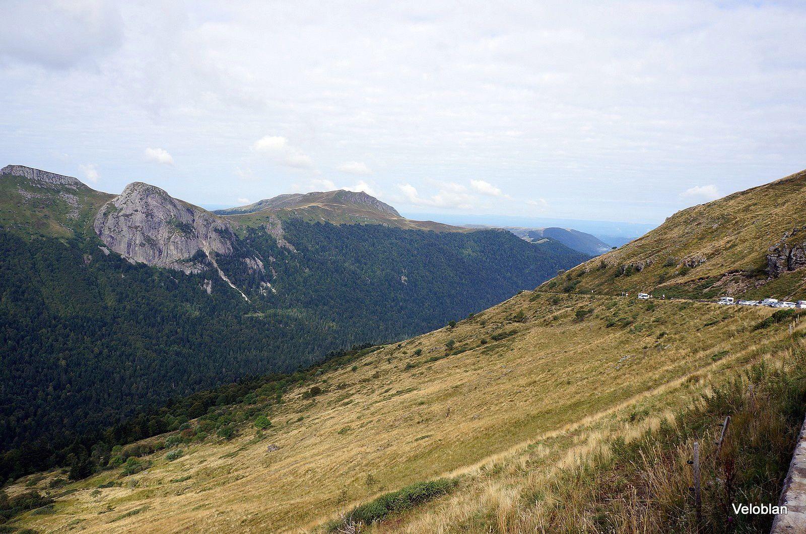Puy Mary-Brèche de Rolland-Puy de Peyre Arse