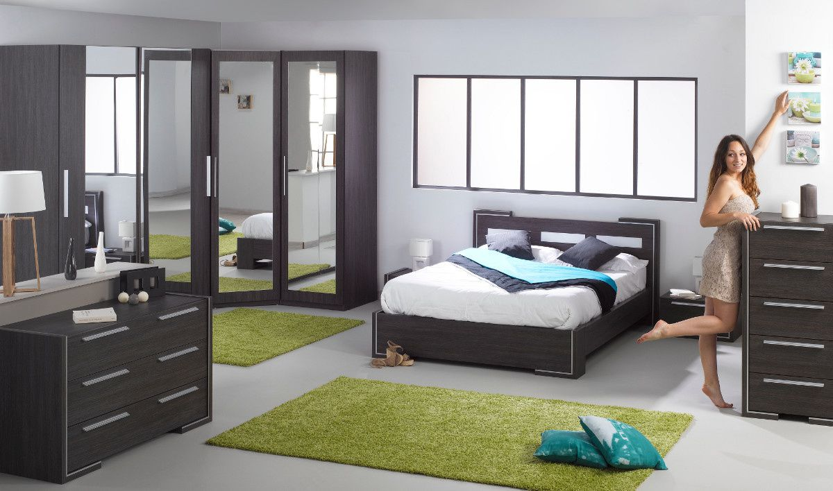 chambre coucher contemporaine choisir le bon mobilier id es et d coration. Black Bedroom Furniture Sets. Home Design Ideas