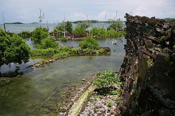 Nan MAdol - photo Christopher Pala / Smithsonian