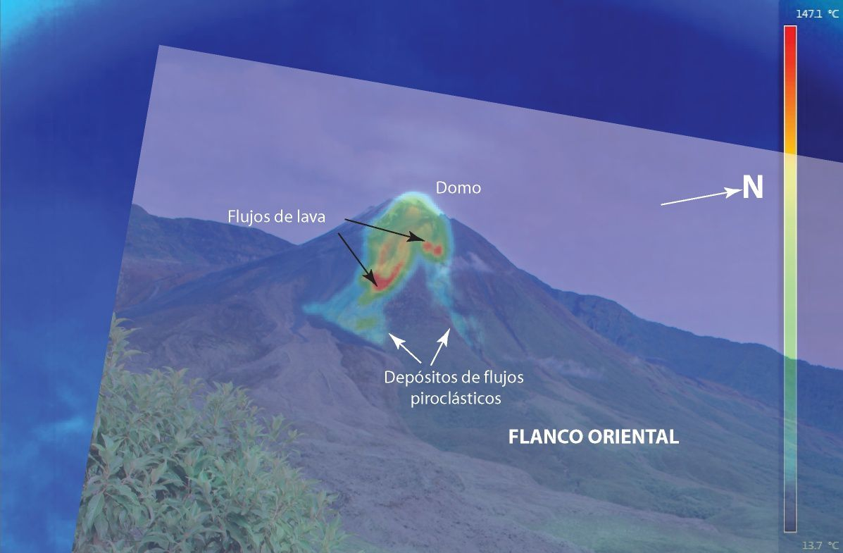 Reventador - overlay of a thermal image to another in the visible range : traces of pyroclastic flows and lava on the east side - doc . F.Velasquez / IGEPN