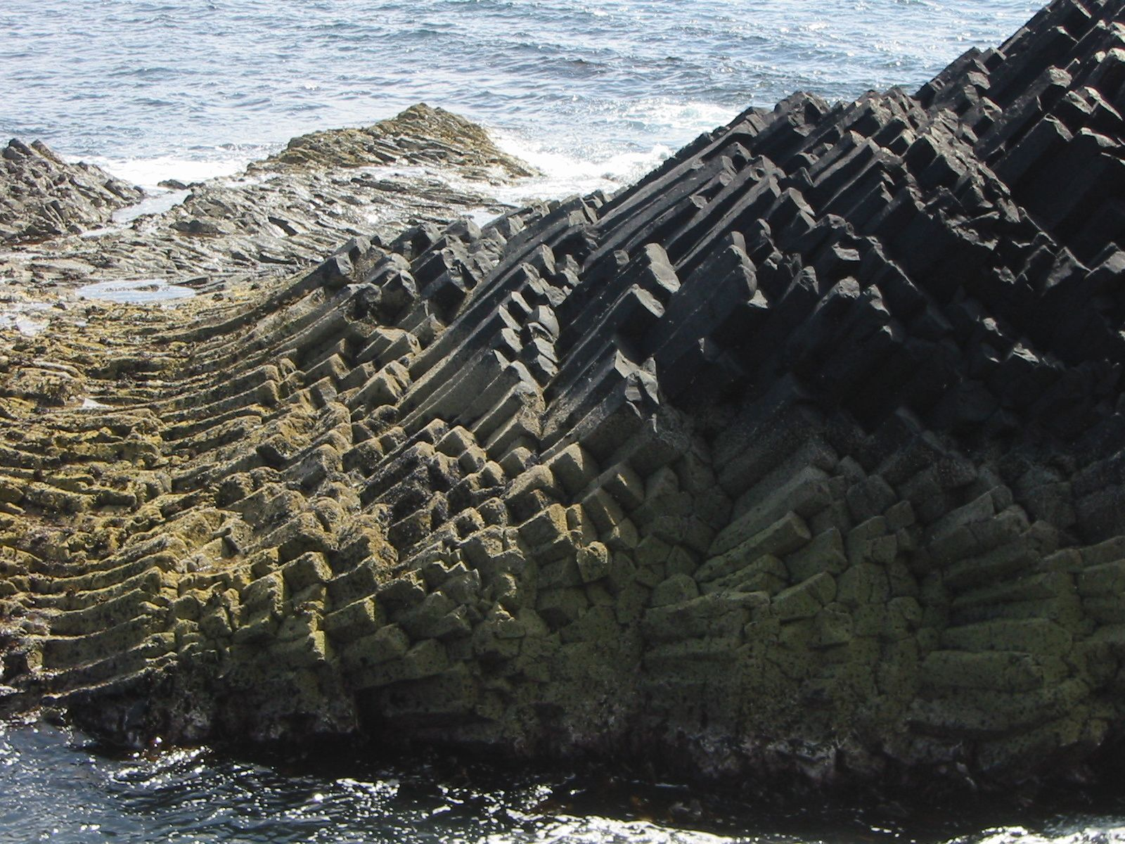 Staffa island - Am Buchaille - photo H.J.Bennöhr