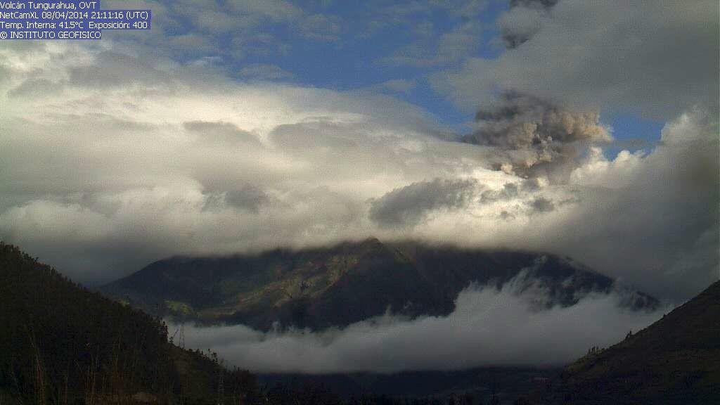 Tungurahua - 08.04.2014 - webcam IGEPN / OVT