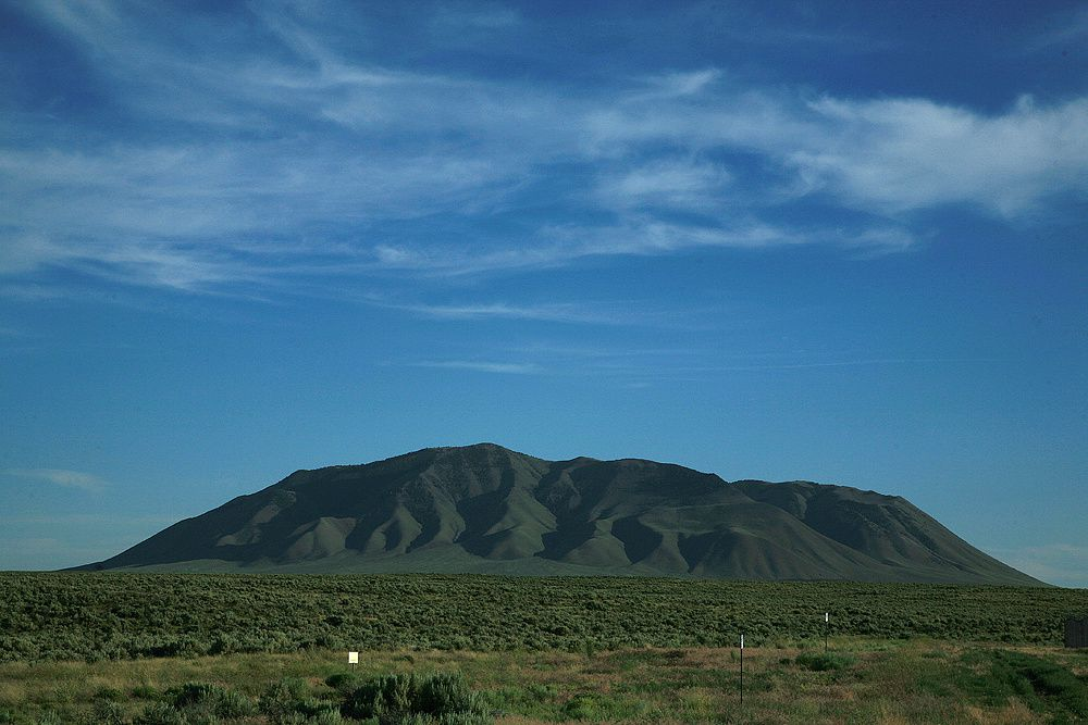 Big Southern Butte / dans la Snake river Plain - photo Bernard Duyck
