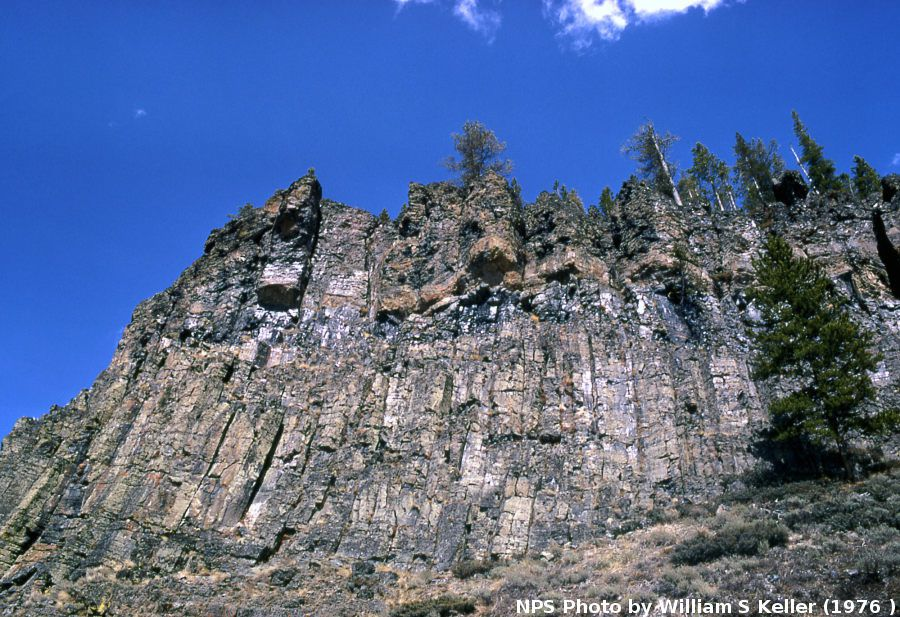 Obsidian Cliff / Yellowstone NP - photo William S.Keller
