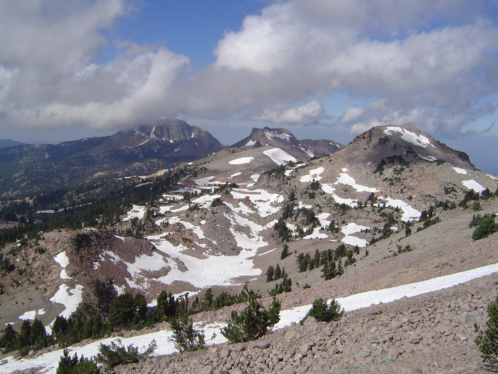 The remains of Tehama : from left to right , Brokeof Mt, Mt Driller and Eagle Peak