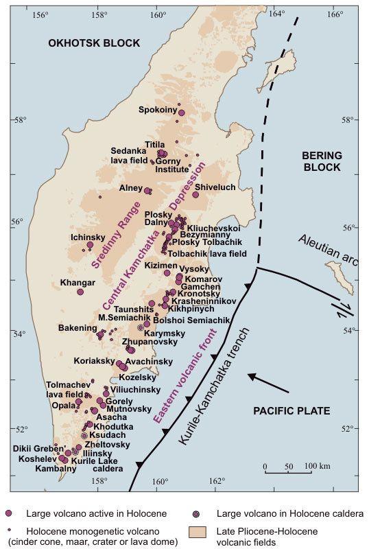 Péninsule du Kamchatka - localisation des volcans cités à la pointe sud - doc. KSCNET