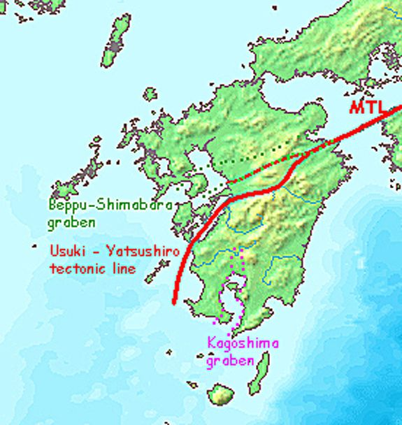 Median tectonic line and grabens of Kyushu ( plotted approximate) - from the tectonic map of South Japan / Wikipedia.  Beppu - Shimabara graben : between green dashed - Kagoshima graben : among the purple dotted