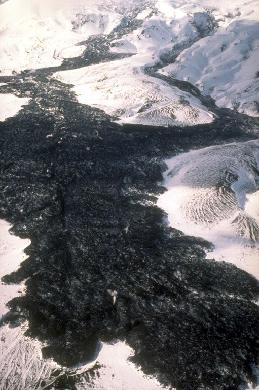 Lava flows of Westdahl - 91-92 eruption - photo C.Dau 12.03.1992 / U.S. Fish & Wildlife Service / AVO