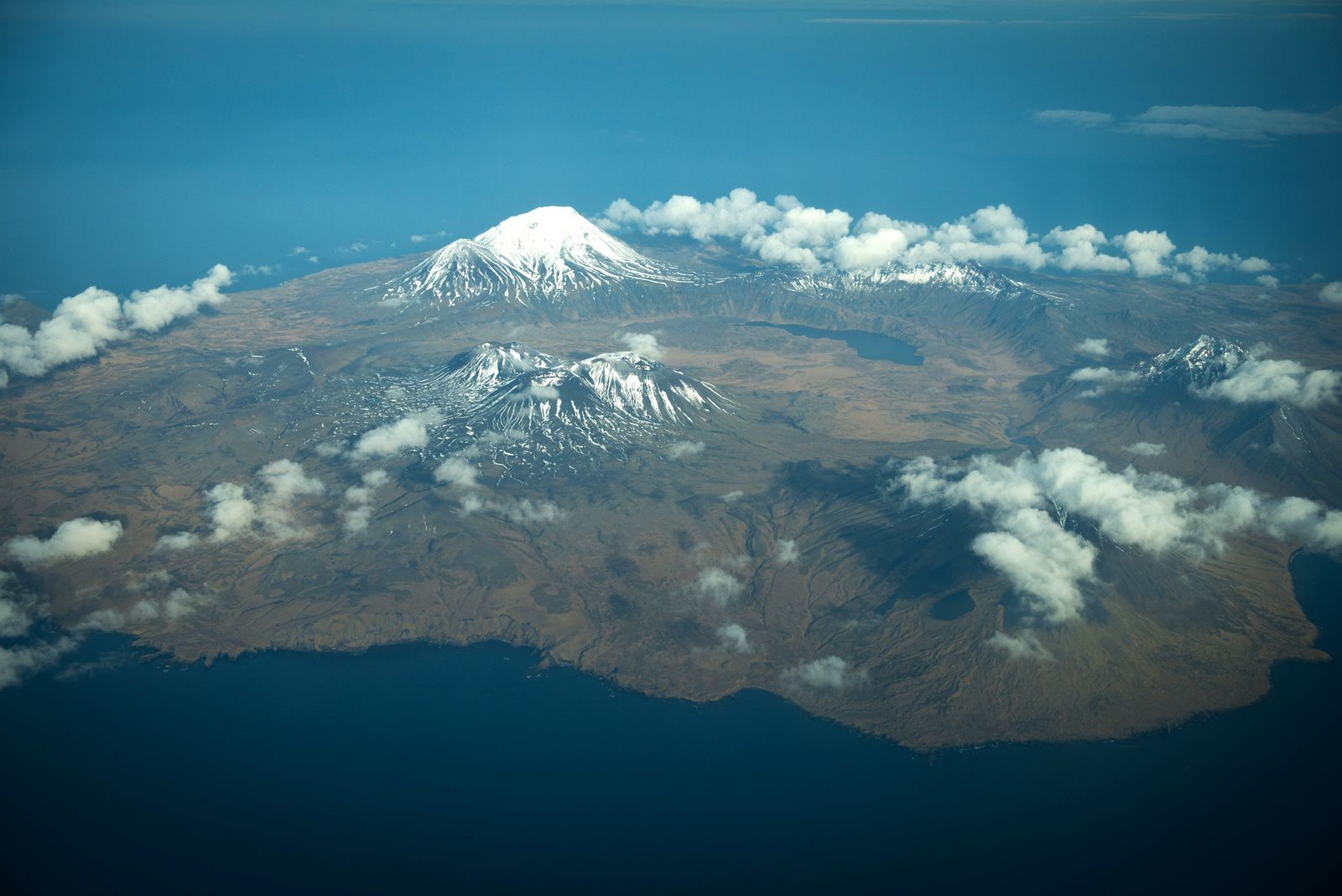 Semisopochnoi in the Aleutian arc - photo Roger Clifford / AVO - 2012.