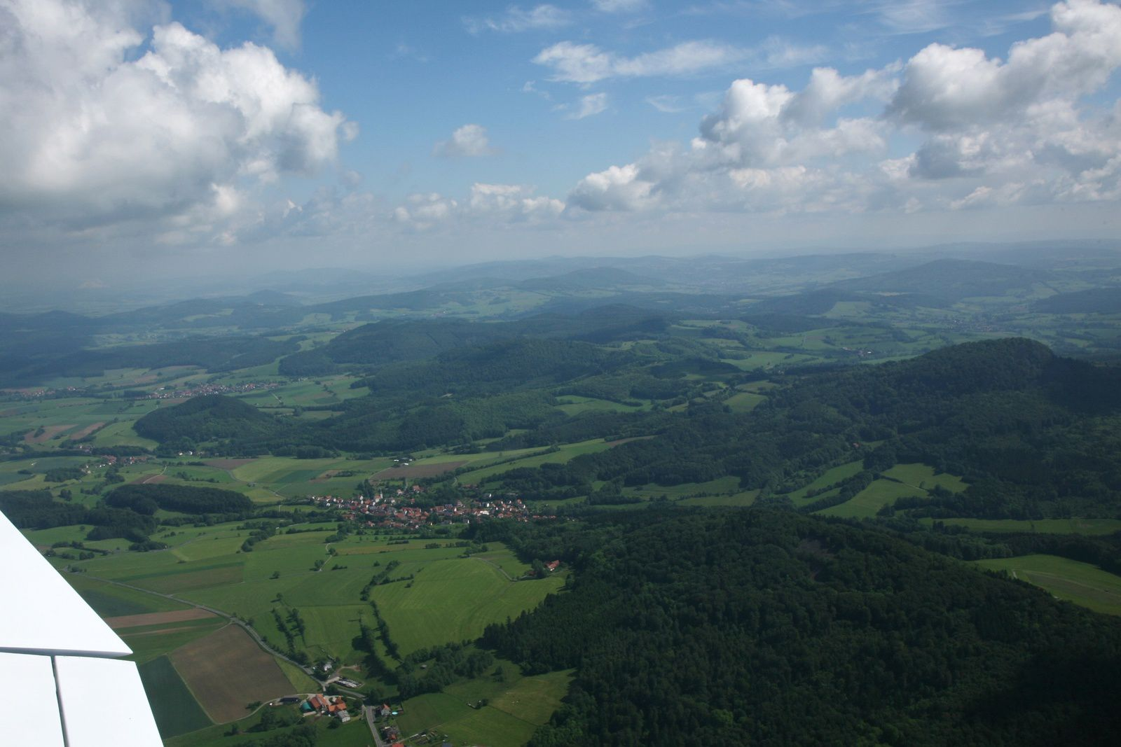 Rhön / Wasserkuppe - semi-open landscape of the Hohe Rhön after Fliergerschule's take off - photo © Bernard Duyck 05.2014