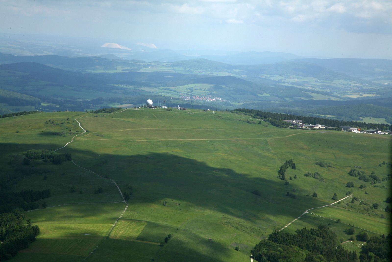 Rhön - the top of Wasserkuppe with the radar dome - Photo © Bernard Duyck 05.2014