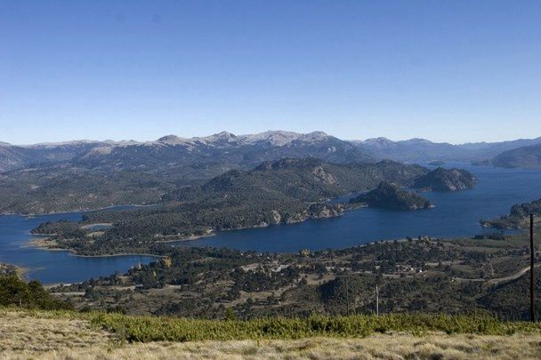 From the summit of the volcano Batea Mahuida, a panorama over the lakes Moquehue and Aluminé - photo Jorge Spo.