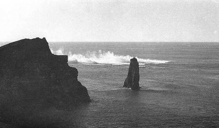 Faial - Phase initiale de l'éruption du Capelinhos 1957 -  Espólio do T. C. José Agostinho- Museu de Angra do Heroísmo / Siaram.