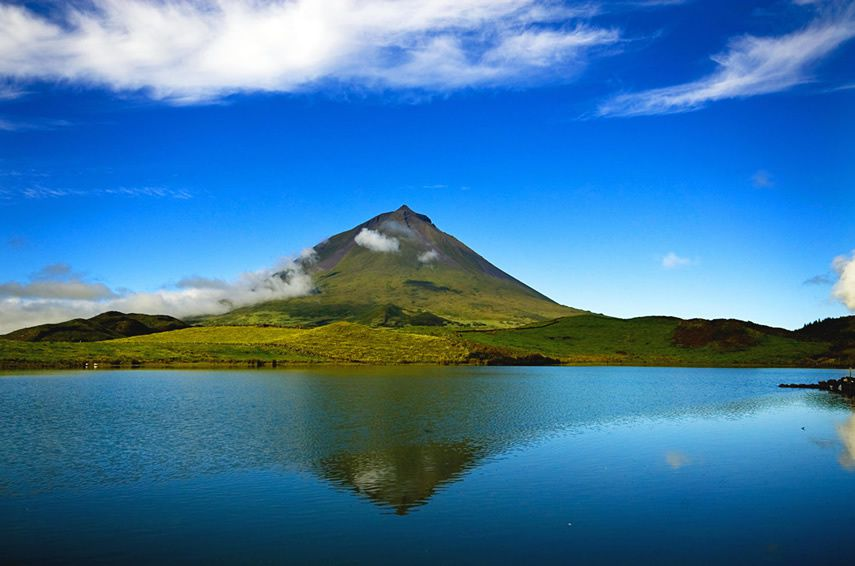 Pico / Azores - the Montanha do Pico - photo Geoparque Azores.