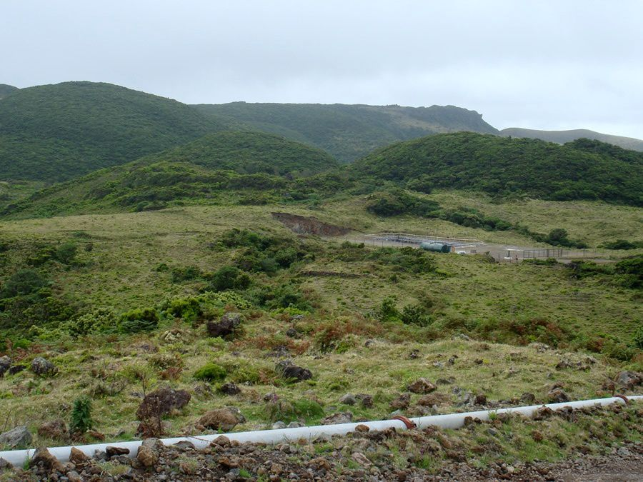 Terceira / Azores - Domes and geothermal installation in the caldera of Pico Alto - photo Geoparque Azores