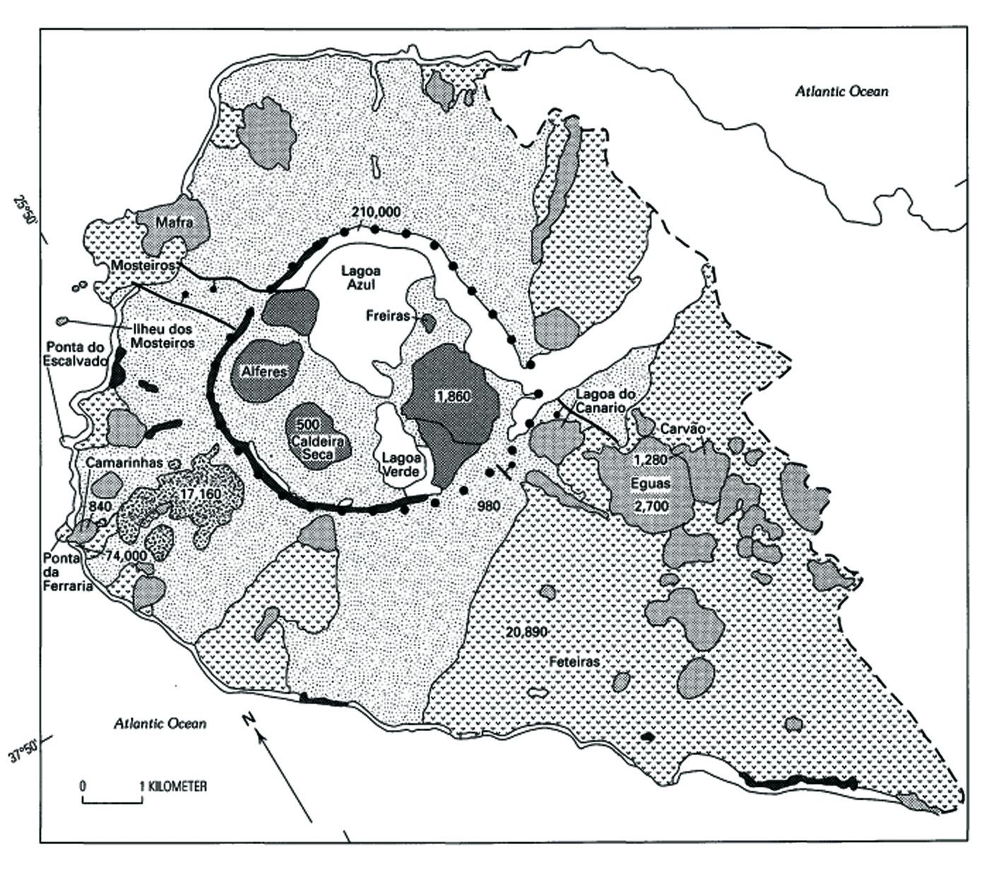 São Miguel / Açores - Carte géologique du stratovolcan Sete Citades - doc. in Geology of Three Late Quaternary Stratovolcanoes on Sao Miguel, Azores – by R.Moore