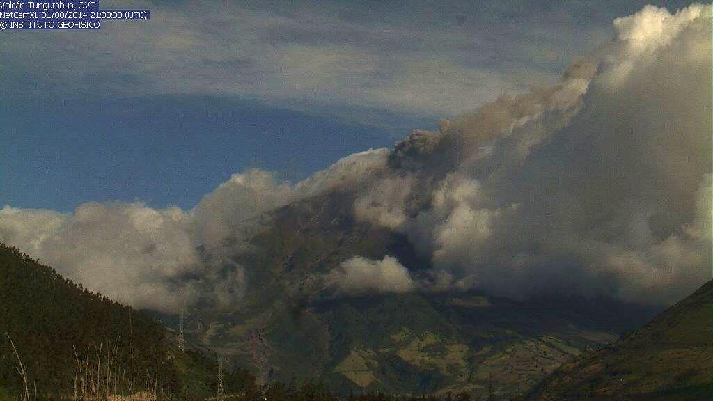 Tungurahua - 01.08.2014 - webcam IGEPN