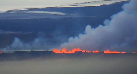 Activity of the fissure in Holuhraun after storm - 08/31/2014 / 8:38 p.m. - photo BwZBi7nIgAAvCDZ Twitter