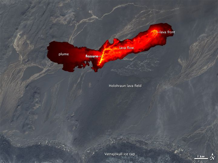 En haut,  Holuhraun high-resolution infrared composite - en bas, Holuhraun infrared de nuit  - doc. Nasa Aqua Modis