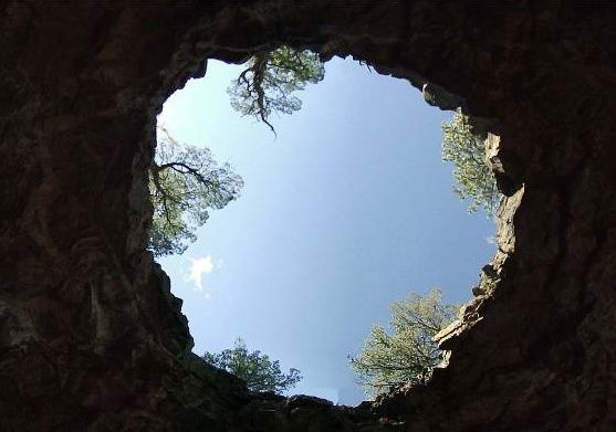 "El Malpais Nat. Monum. - le ""Big Skylight"" - photo NMFO"