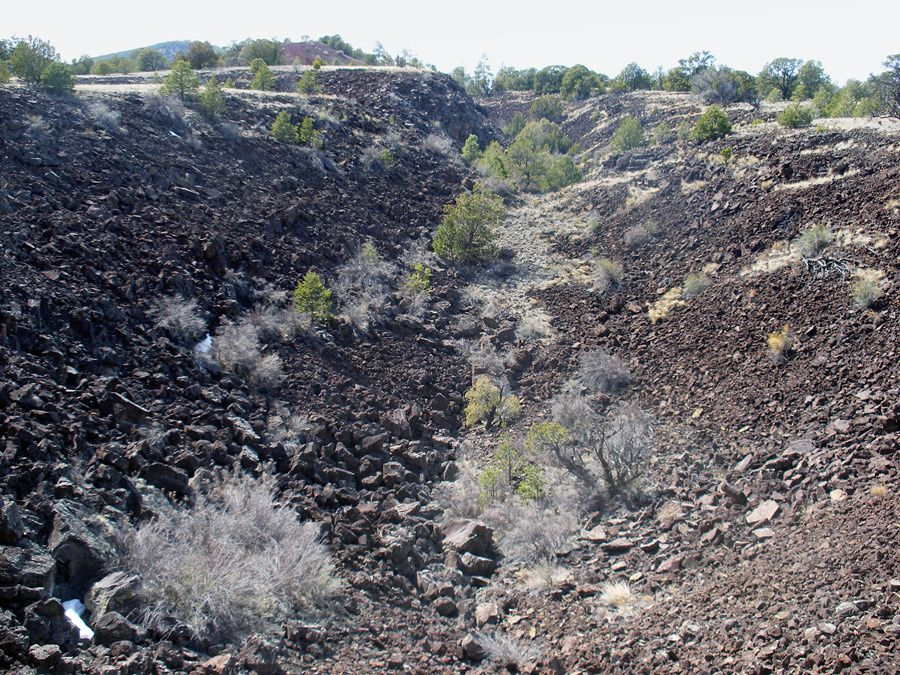 Lava Trench - Trench V-shaped radiating from El Calderon - photo American southwest.