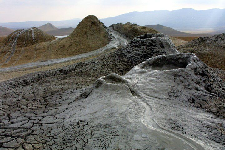 "The ""mud volcanoes"" - photo MeteoWeb"