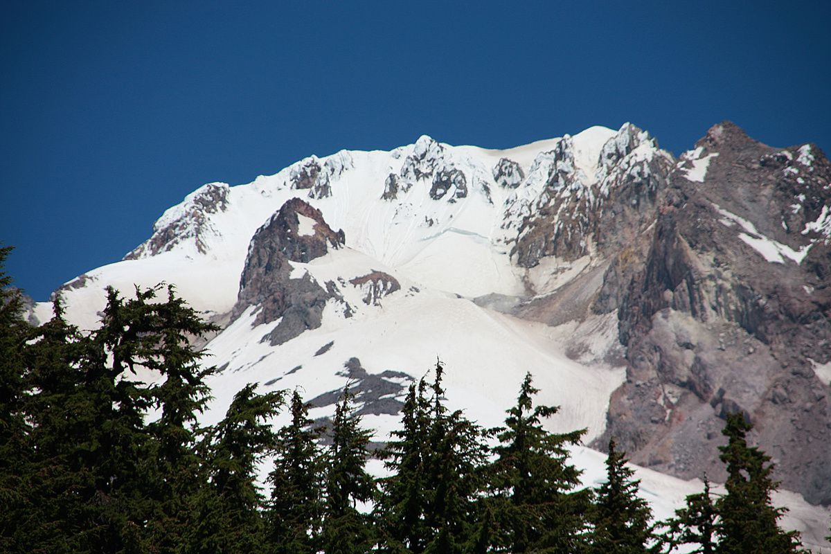 Summit of Mt. Hood, with Crater Rock, less snow covered in the center-left - photo © Jean-Michel Mestdagh