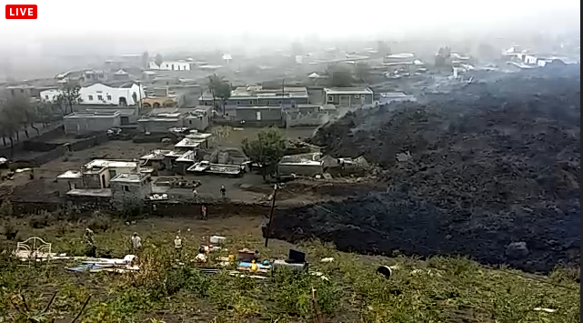 Eruption of Fogo: The village of Portela disappears under the lava.