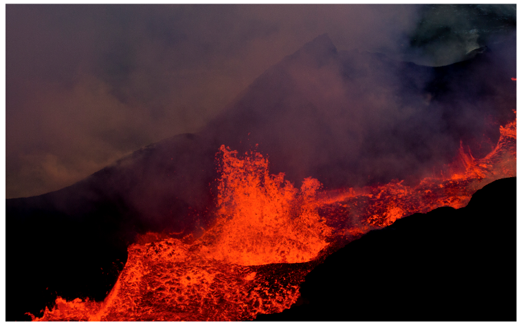 Gases emitted by the eruption of Holuhraun - Ragnar Axelsson Photo (RAX) 09/12/2014 - Iceland Review.