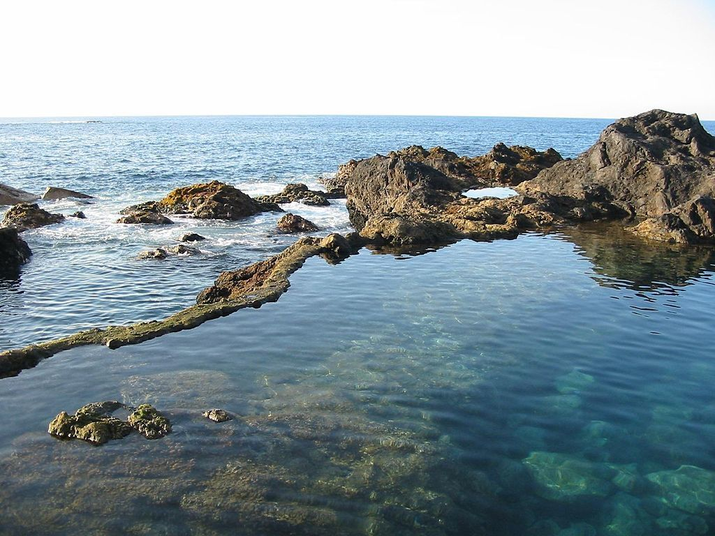 Garachico - the natural pools of El Caletón - photo Xavigivax