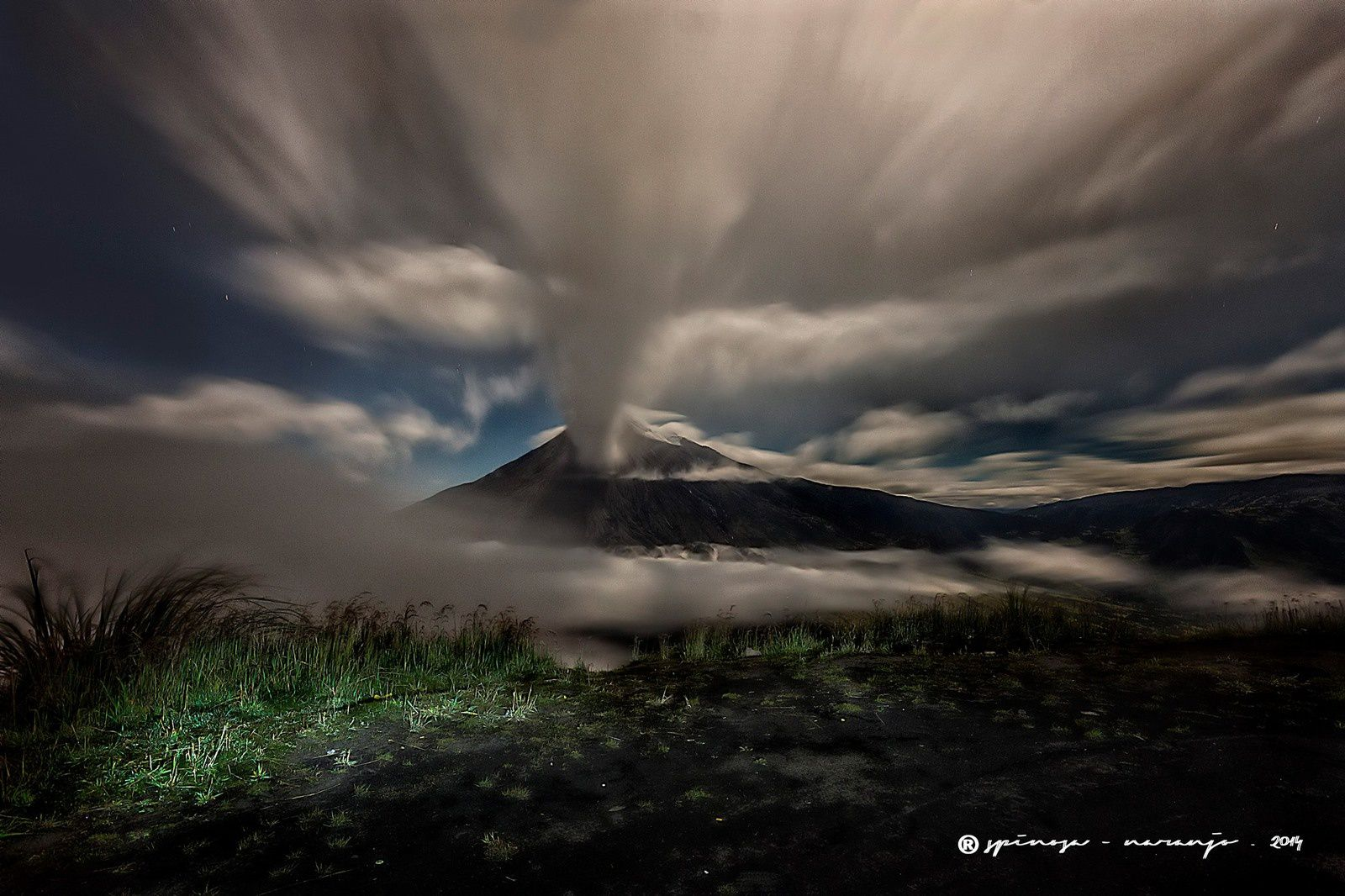 Tungurahua / Equateur - photo © Jose Luis Espinosa-Naranjo