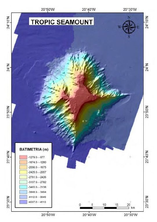 Tropic seamount - 3D bathymetric picture above - down, digital model of Tropic seamount on the basis of data Multihaz - Doc. Informs Científico-Técnico of Campaña oceanográfica DRAGO 0511 - Vasquez et al.